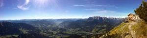 Hüttenpanorama (zum Vergrößern anklicken)