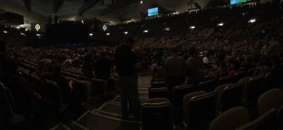 Die Halle füllt sich