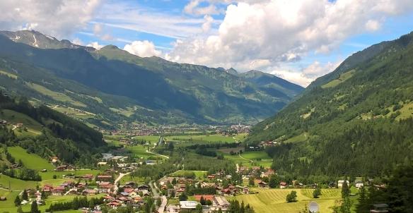 Blick von Bad Gastein ins Gasteinertal